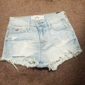 Gotta love some short, shorts while in the sun.